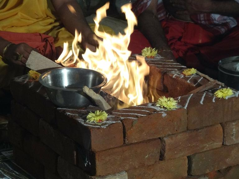 A Sacred Fire Ritual and Miracle at the Sheshadri Ashram